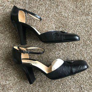 Gianni Versace Pelle Pump Size 8